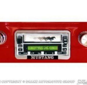 USA-5 Custom Autosound Radio (1967-73, Chrome Face)